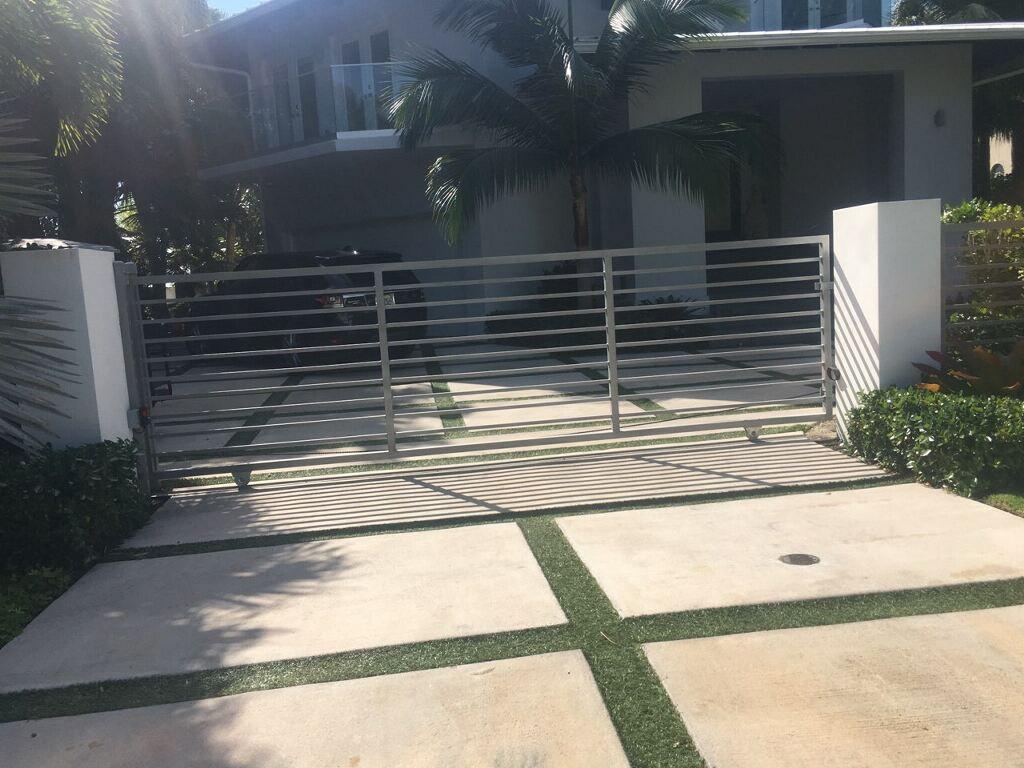 driveway_swing_gate
