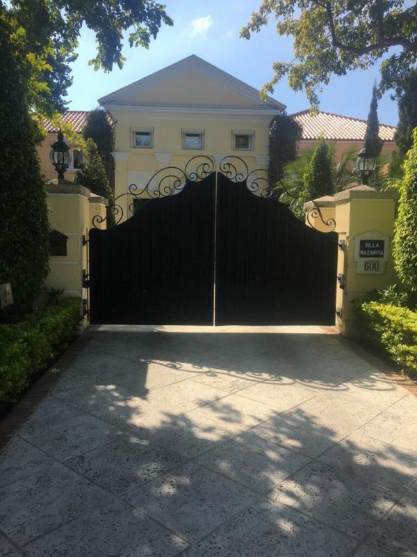 Private Security Gate